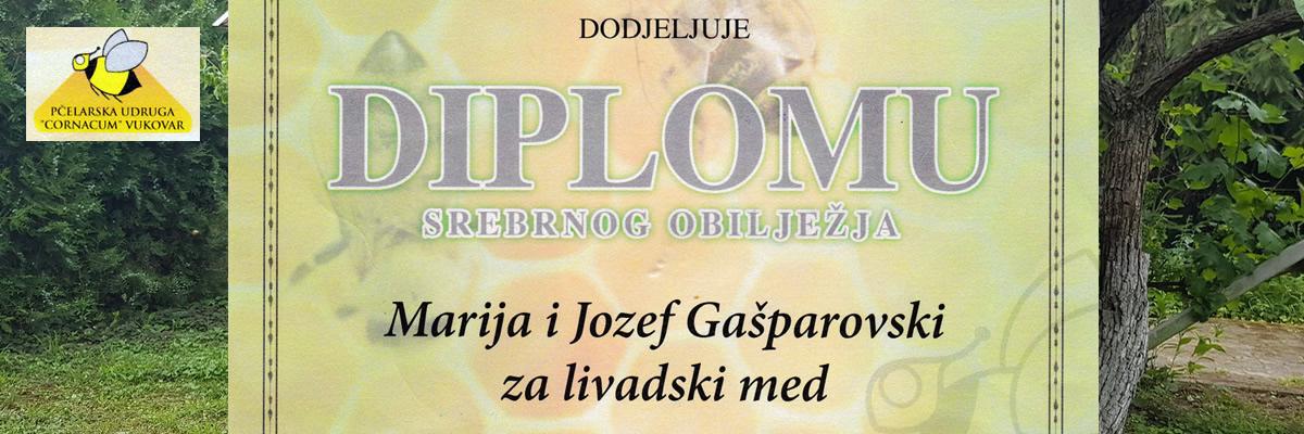 Pčelarska udruga CORNACUM Vukovar dodeljuje diplomu srebrnog obilježja